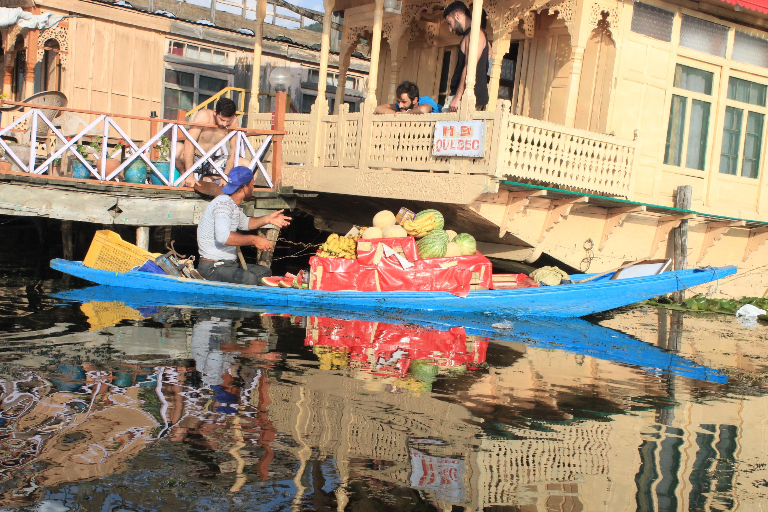Srinagar- Dal Lake Market