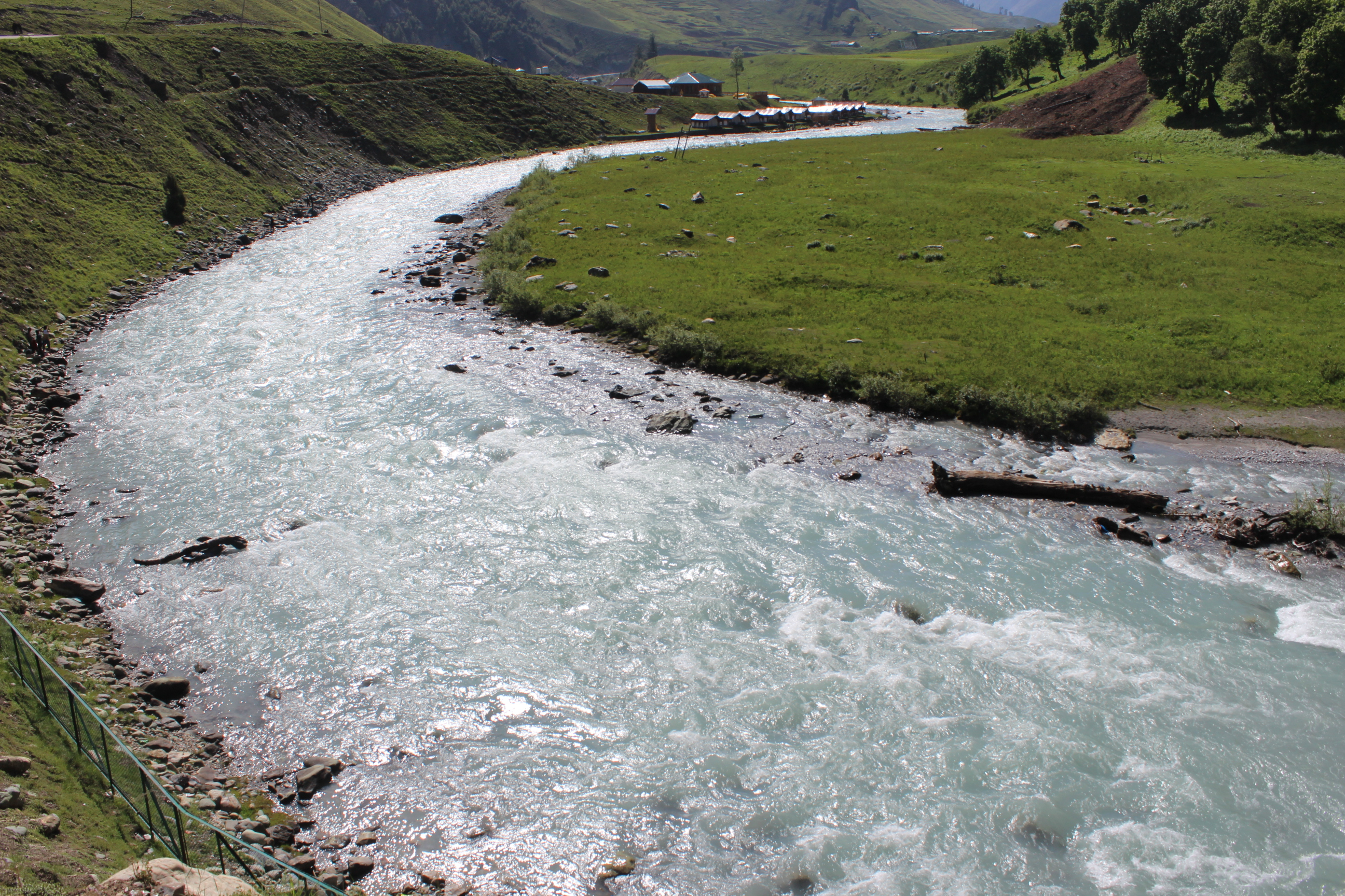 Sonmarg- Sindh River